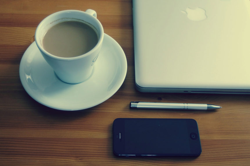 coffee-and-laptop-861×574